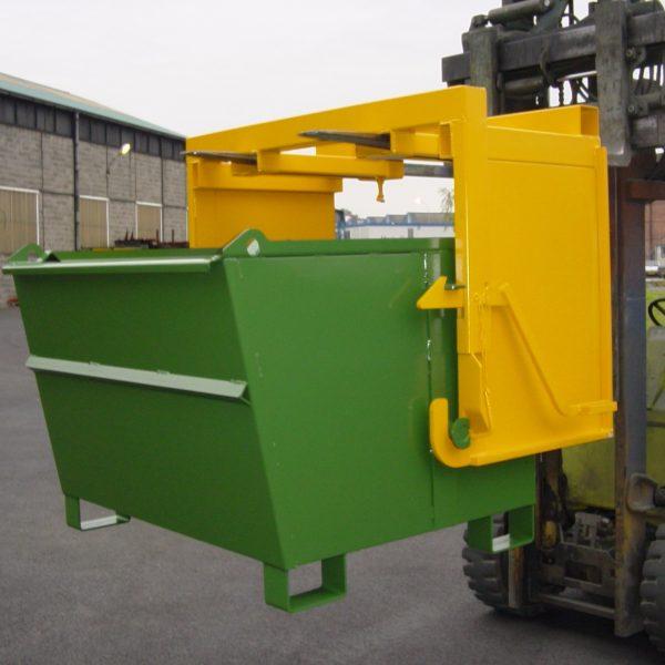 Manutention au chariot élévateur avec dispositif de déversement - Benne basculante (BB)
